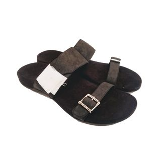 New Vionic Flat Sandals